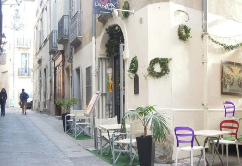 RousseauCS, Montpellier, Front of property
