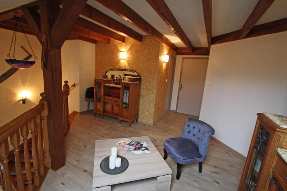 Dobbeltværelse med dobbeltseng eller 2 enkeltsenge (Marjorie) - Stue