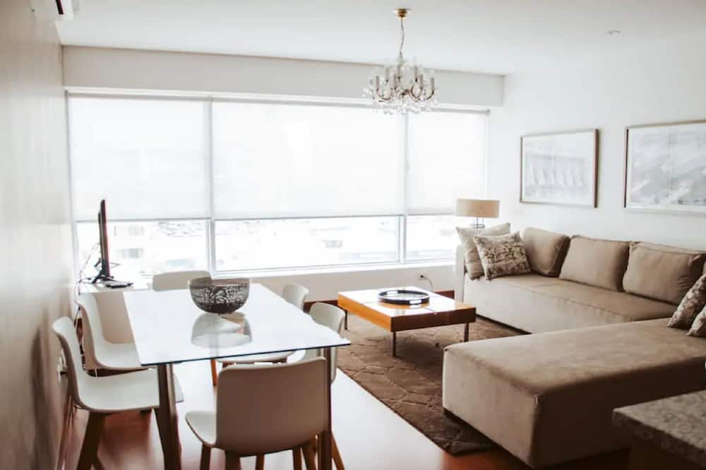 Апартаменты, 2 спальни, для некурящих - Гостиная
