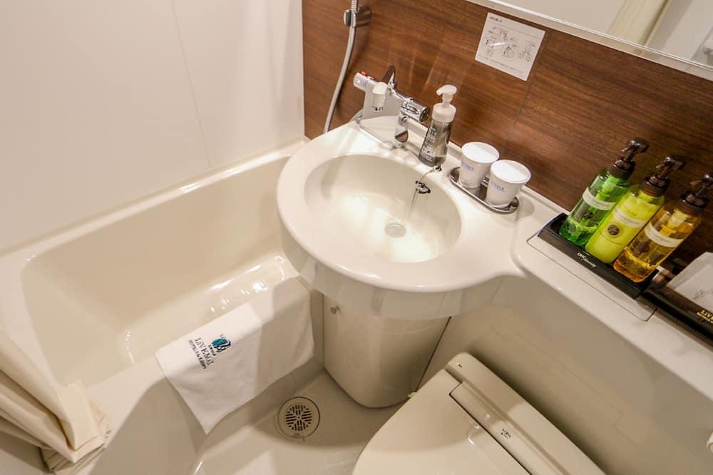 Vienvietis kambarys, Rūkantiesiems - Vonios kambarys