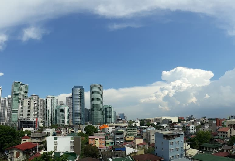 Citizen Hotel, Makati, Pemandangan dari Hotel
