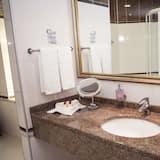 Standard Double Room, Sea View - Bathroom