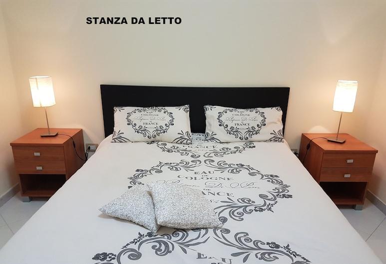 mimosas al comienzo de la costa de Amalfi, Vietri sul Mare, Habitación