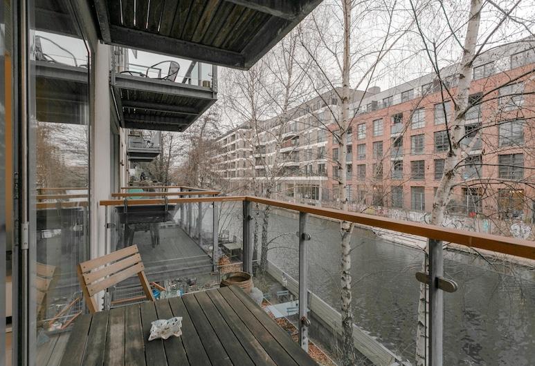 1 Bedroom Apartment With Balcony in Haggerston, Londen, Appartement (1 Bedroom), Balkon