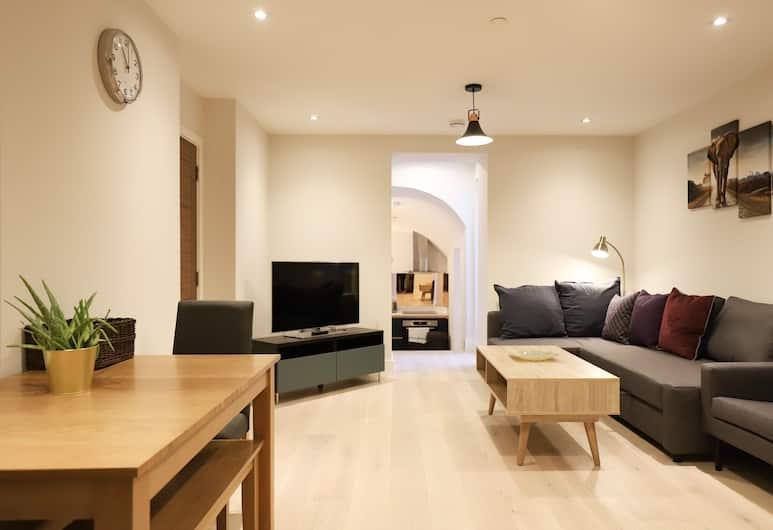 Modern 2 Bedroom Pimlico Apartment, London, Wohnbereich