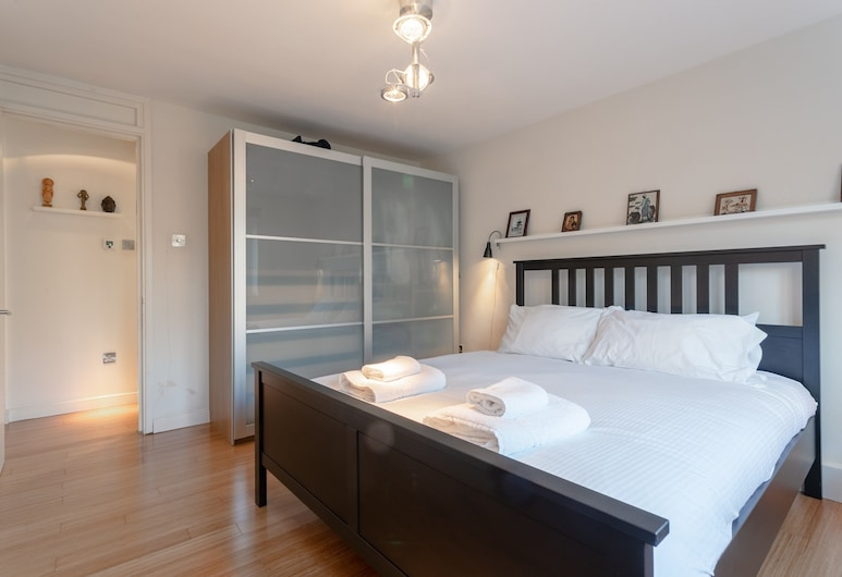 Elephant and Castle 2 Bedroom Apartment, London, Zimmer