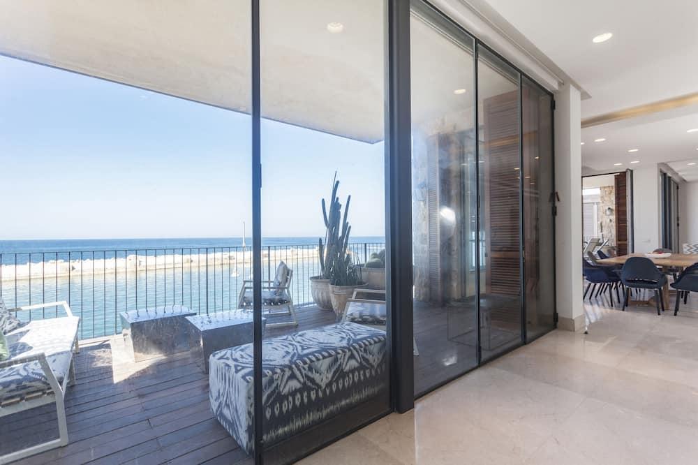 Luxury Apartment - Balcony