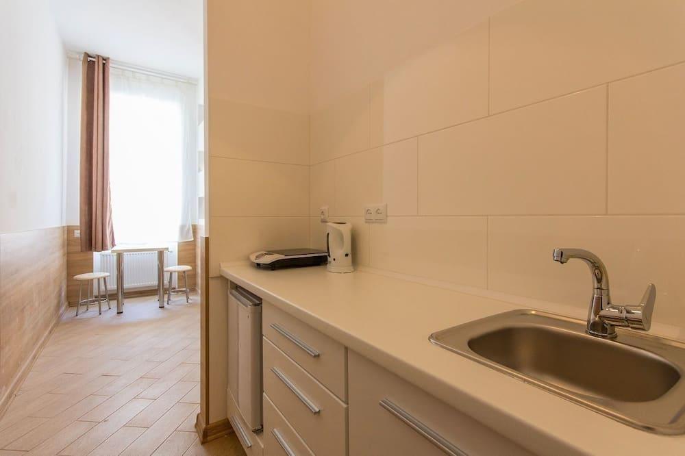 Апартаменти - Приватна міні-кухня