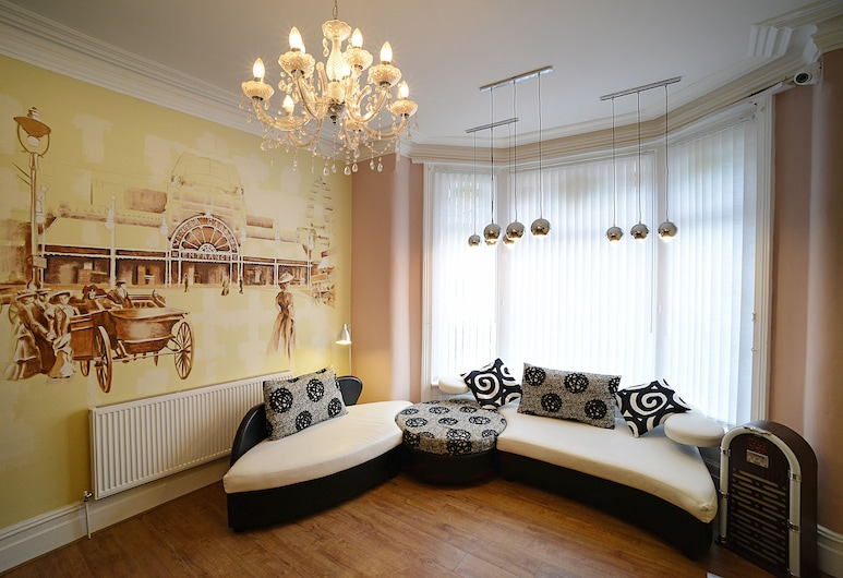 The Winter Garden Suites, Blackpool, Lobby Sitting Area