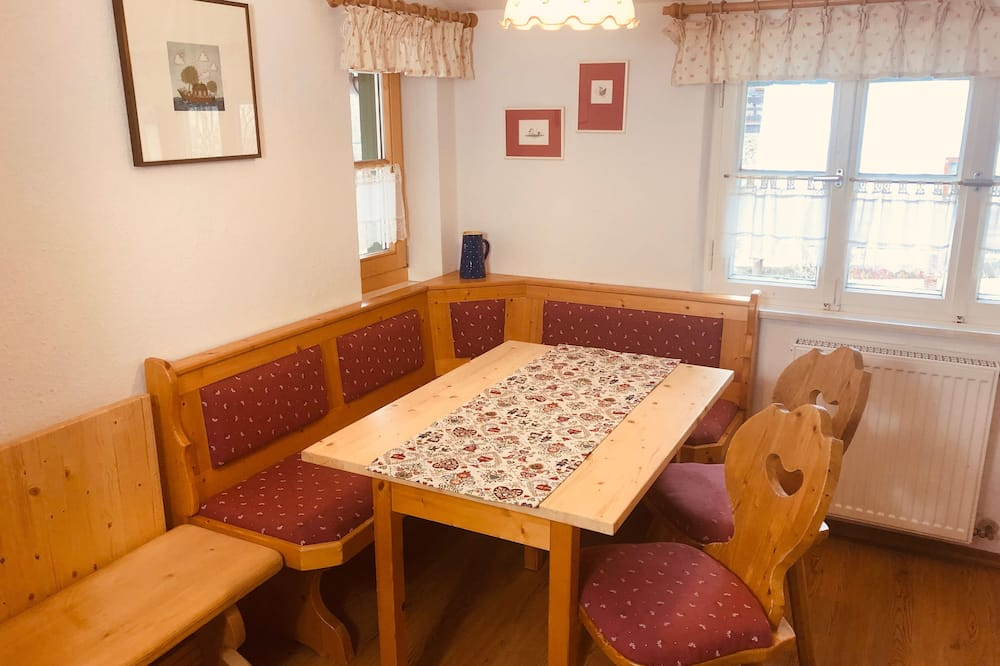 Apartment (FeWo Fernsicht) - In-Room Dining