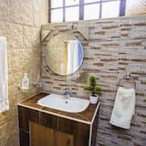 獨棟房屋, 多間臥室 - 浴室洗手台