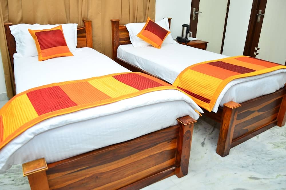 Deluxe Room, 1 Double Bed, Non Smoking - Guest Room