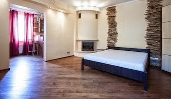 ภาพ 1 Bedroom Apartment Knyazya Leva 2 ใน Lviv