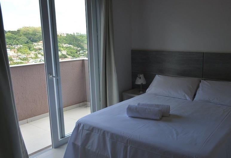 Apartamento a 400m da Rua Coberta, Gramado, Apartment, 1 Double Bed with Sofa bed, Non Smoking, Guest Room