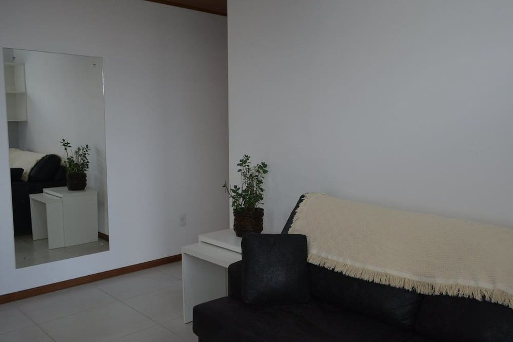 Apartment, 1 Double Bed with Sofa bed, Non Smoking - Living Room