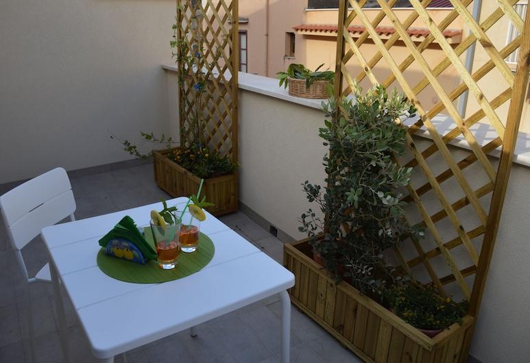 Le Gemme, Кастелламмаре-дель-Голфо, Апартаменты, 1 спальня, терраса (Attic) (Zaffiro), Терраса/ патио