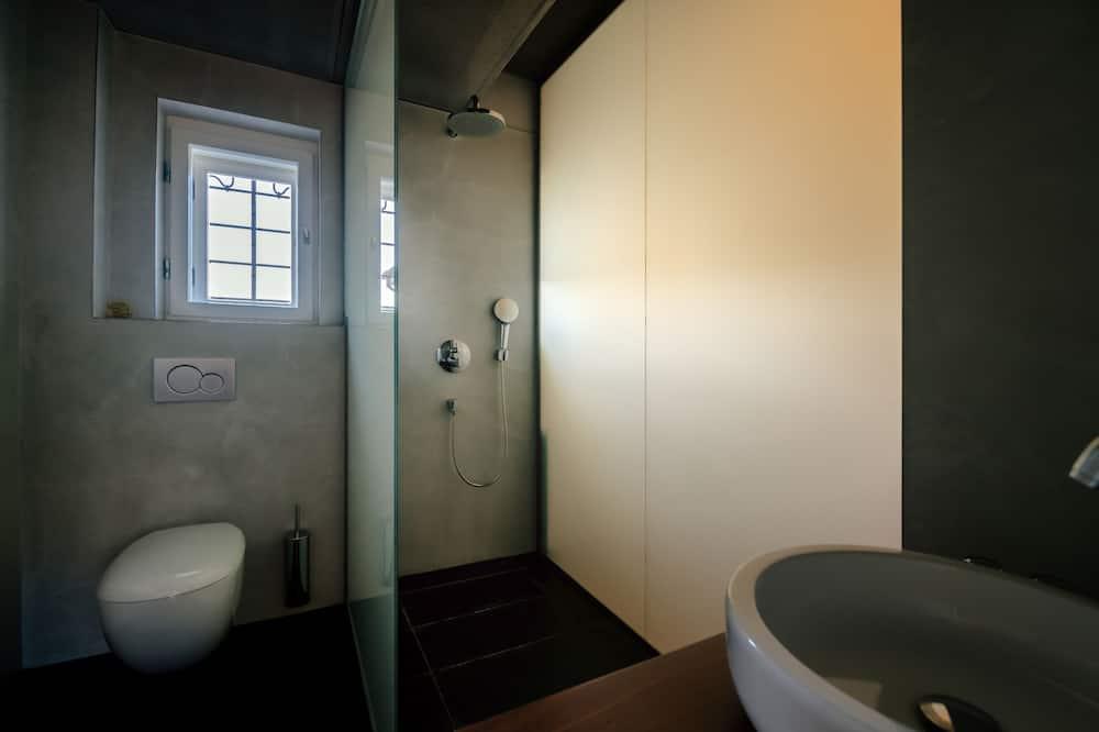 Deluxe Room, Garden View - Bathroom