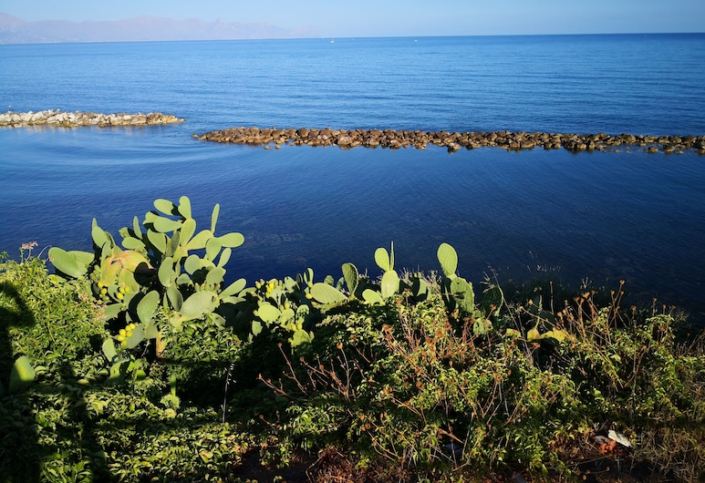 Short Lets Vacanze Massimo, Trappeto, Playa