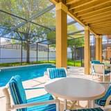House, 5 Bedrooms - Indoor Pool