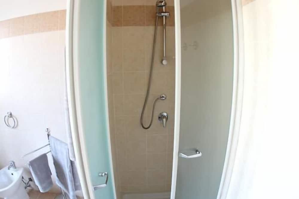 Habitación con 1 cama doble o 2 individuales, baño privado (External) - Baño