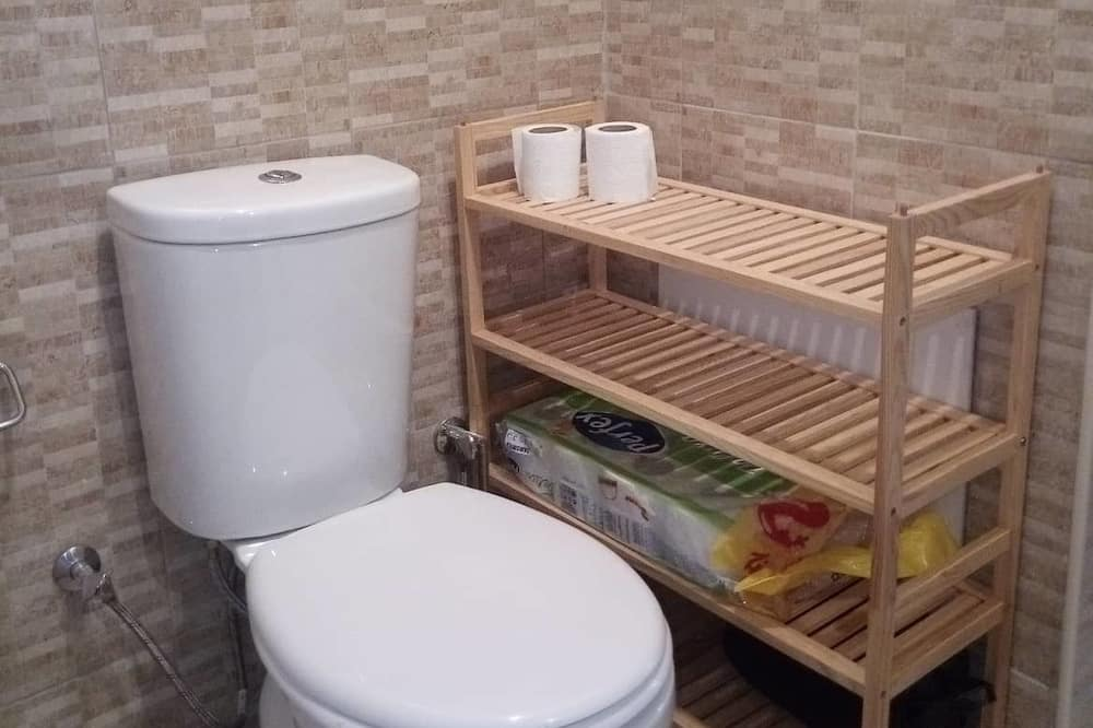 Apartment, 1 Bedroom, Non Smoking, City View - Bathroom