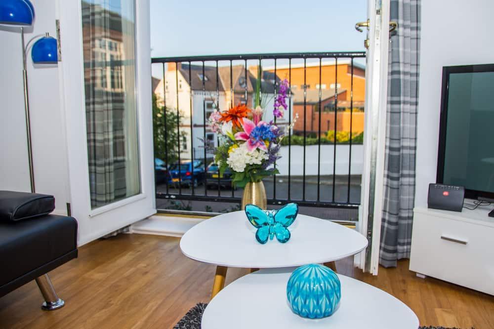 Exclusive Apartment, Ensuite (Spacious) - Balcony View