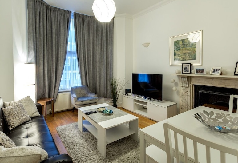 Spacious Centrally Located One Bed, London