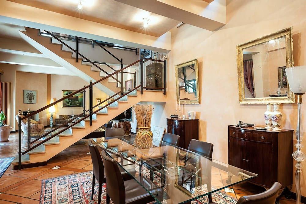 Villa - Dzīvojamā istaba