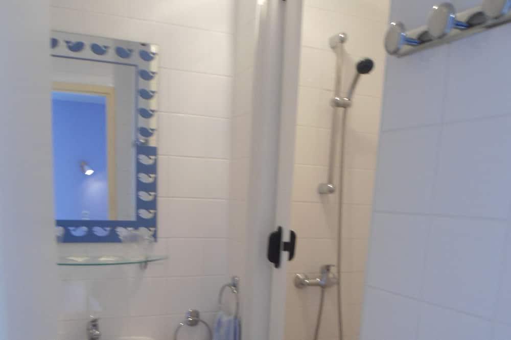 Četrvietīgs numurs, privāta vannasistaba - Vannasistaba