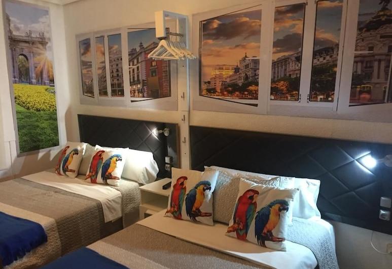 Chueca Gran Via Apartaments, Madrid, Apartment, 2Schlafzimmer (Chueca GV - El Rey Leon Show), Zimmer