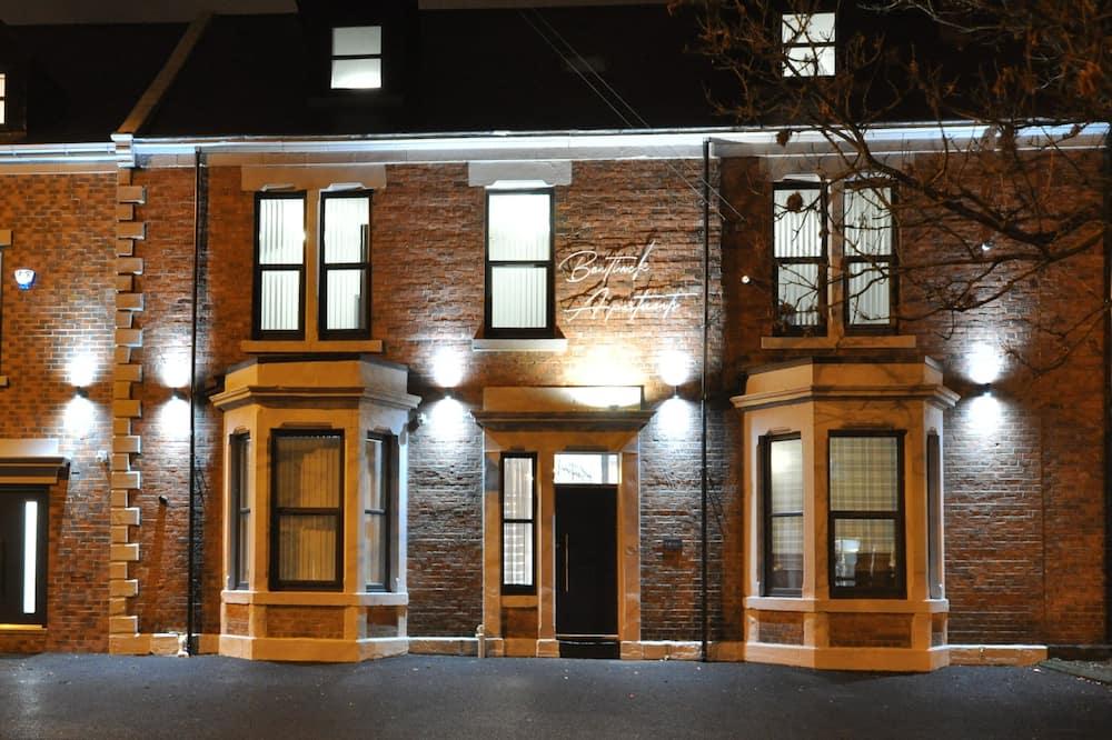 Bentinck Apartments