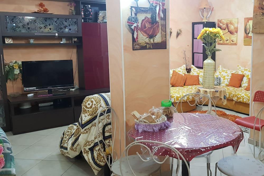 家庭開放式客房 - 客廳