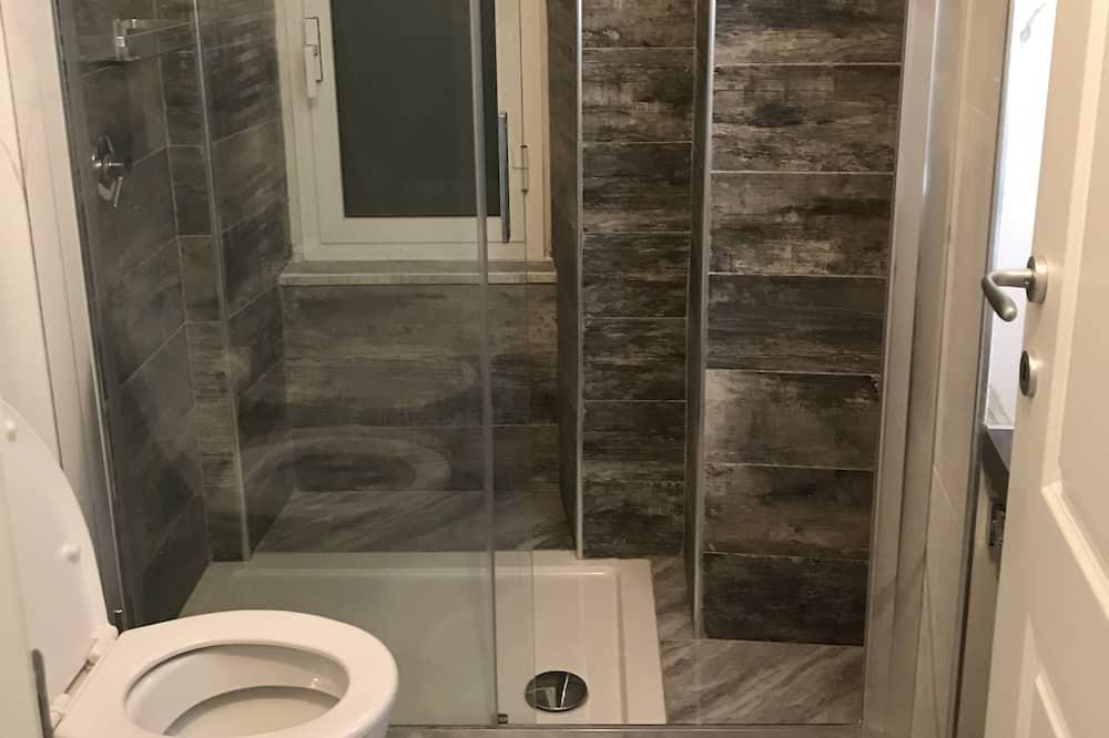 Deluxe Double Room - Bathroom