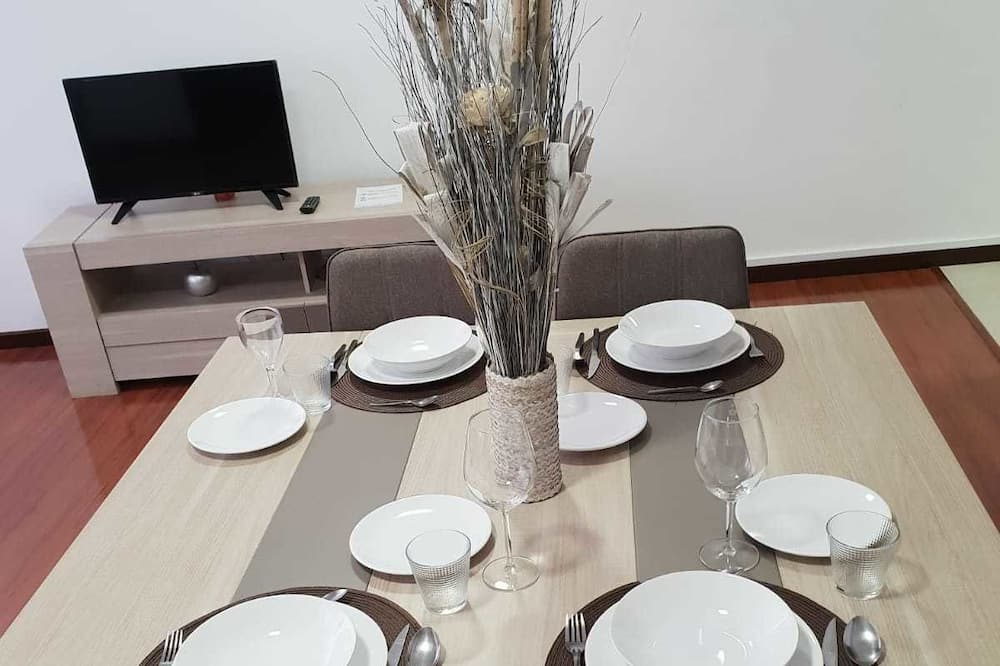 Apartment, 1 Bedroom (3B) - In-Room Dining