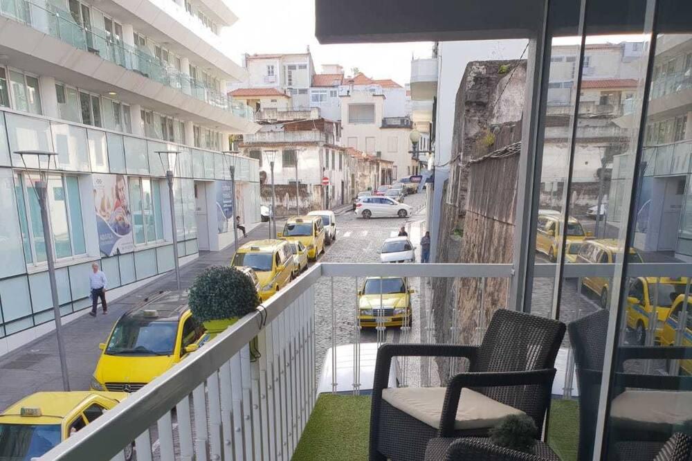 Superior Apartment, 1 Bedroom, Balcony, City View (1A) - Balcony