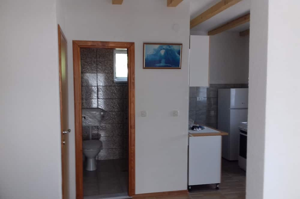 Panoramic Apartment, 2 Double Beds, Non Smoking, Lake View - Bathroom