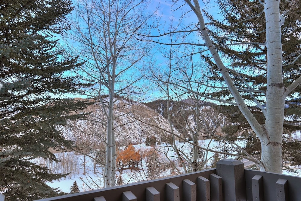 Townhome, 3 Bedrooms - Balcony