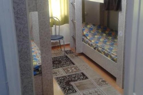 Hostel64/