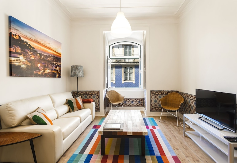 Fanqueiros Deluxe Apartment, Lisbon, Apartment, 2 Bedrooms, Living Area