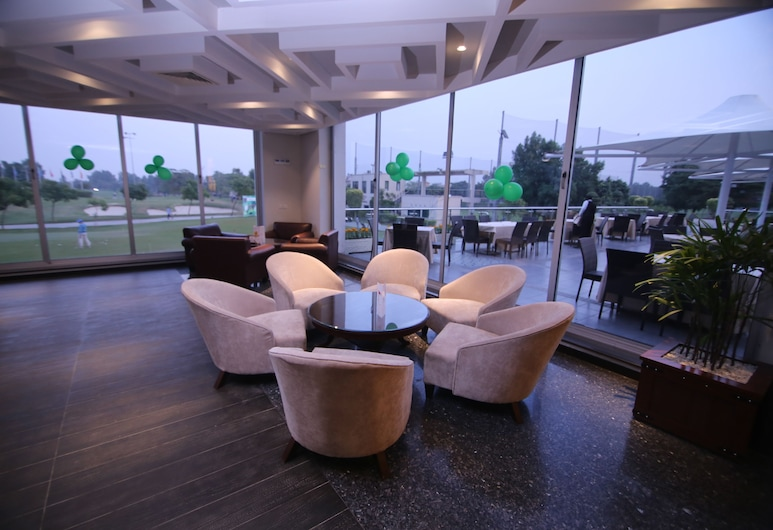 Defence Raya Golf & Country Club, Lahore, Hotel Lounge