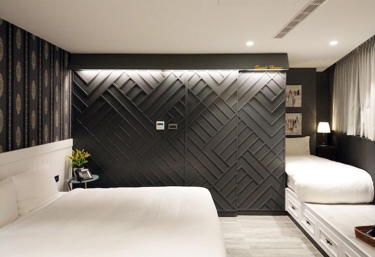 Fengjia K Hotel, Taichung, Deluxe driepersoonskamer, Meerdere bedden, niet-roken, Bad, Kamer