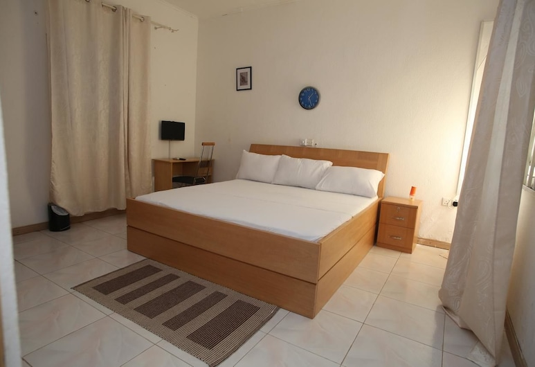 Akmary Guest House, Accra, Superior Double Room, Non Smoking, Guest Room