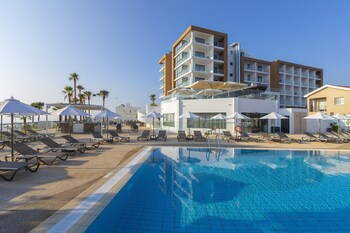 Protaras bölgesindeki Leonardo Crystal Cove & Spa by the sea - Ultra All Inclusive resmi