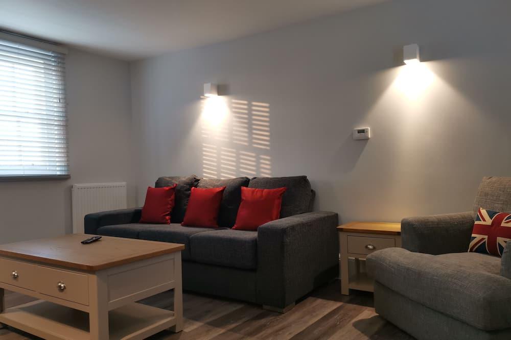 Superior Duplex, 2 Bedrooms, Non Smoking, River View - Living Area
