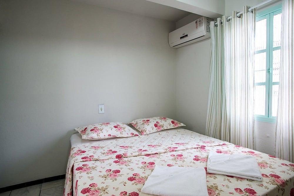 Gazdaságos négyágyas szoba, több ágy, nemdohányzó - Fürdőszoba