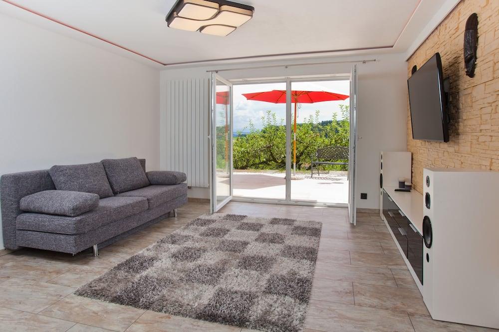 Novomanželský apartmán, výhľad na hory - Obývacie priestory