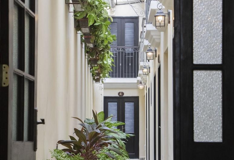 La Posada de Chacón, Havana, Courtyard