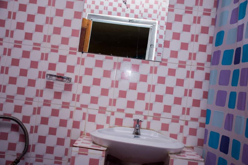 트래디셔널 싱글룸, 정원 전망 - 욕실