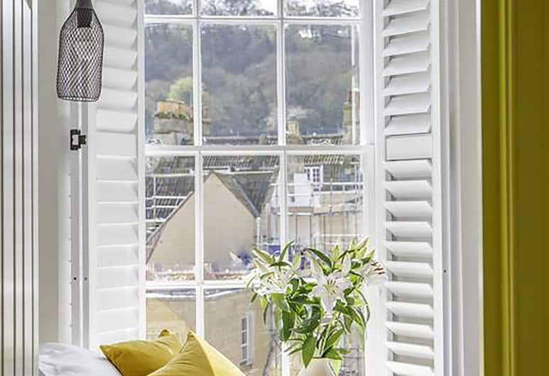 Dream Stays Bath - Beau Street, Bath,  Two-Bedroom Apartment, Room