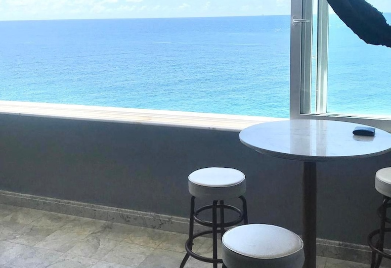 Breathtaking Ocean View , Salvador, Room, Multiple Beds, Non Smoking, Living Area